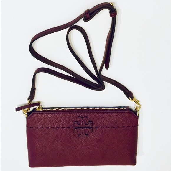08491644206 Tory Burch Crossbody in Pebble Leather. M 5c22b3ca3e0caa40202bad25. Other  Bags ...